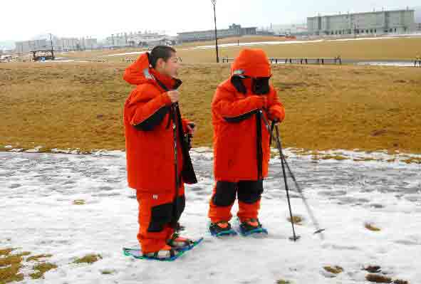 寒さを感じさせない防寒スーツ、意外と軽い!